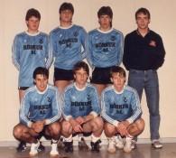 Liðsmynd innanhus 1987